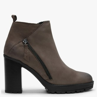 Df By Daniel Lispa Brown Leather Block Heel Ankle Boots