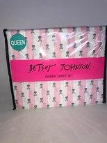 Betsey Johnson White Pink Skull Print QUEEN 4 Pc Sheet Set