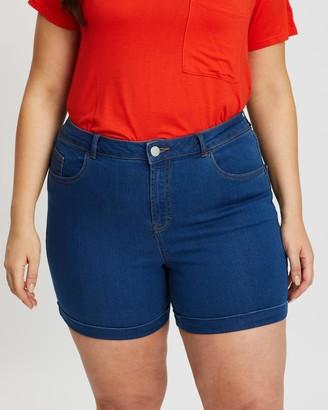 Dp Curve Mid Wash Denim Shorts