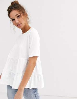 Asos Design DESIGN tiered smock top with short sleeve-White