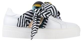 Hope Low-tops & sneakers
