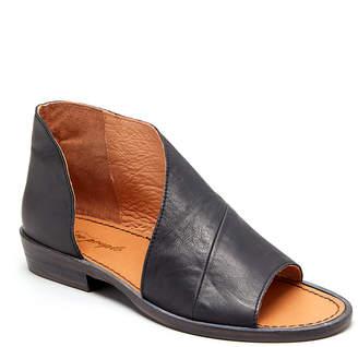 Free People Women's Sandals BLACK - Black Mont Blanc Leather Sandal - Women