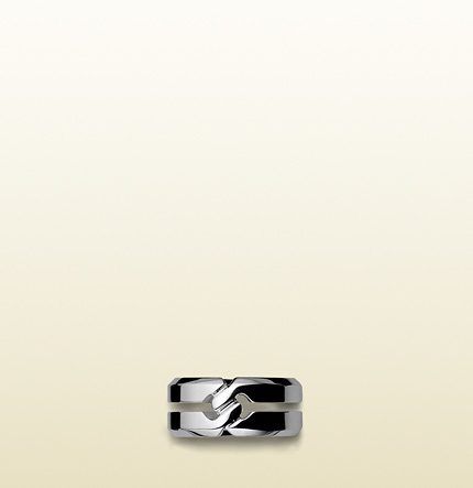 Gucci Ring With Knot