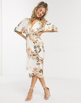 Hope & Ivy kimono midi dress in floral