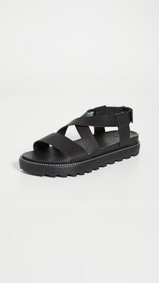 Sorel Roaming Crisscross Sandals