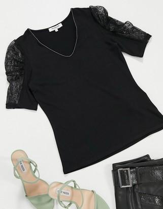 Morgan lace puff sleeve top in black