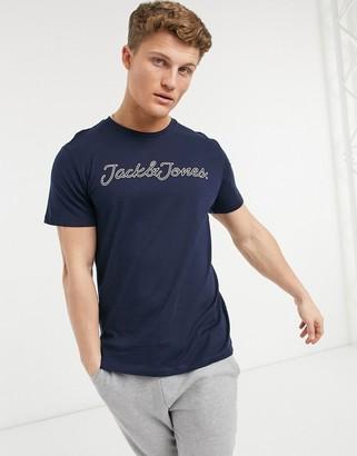 LAST ONE Jack /& Jones  SMALL navy Vinnie t shirt regular fit