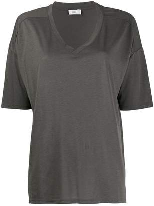 Closed short-sleeve flared T-Shirt