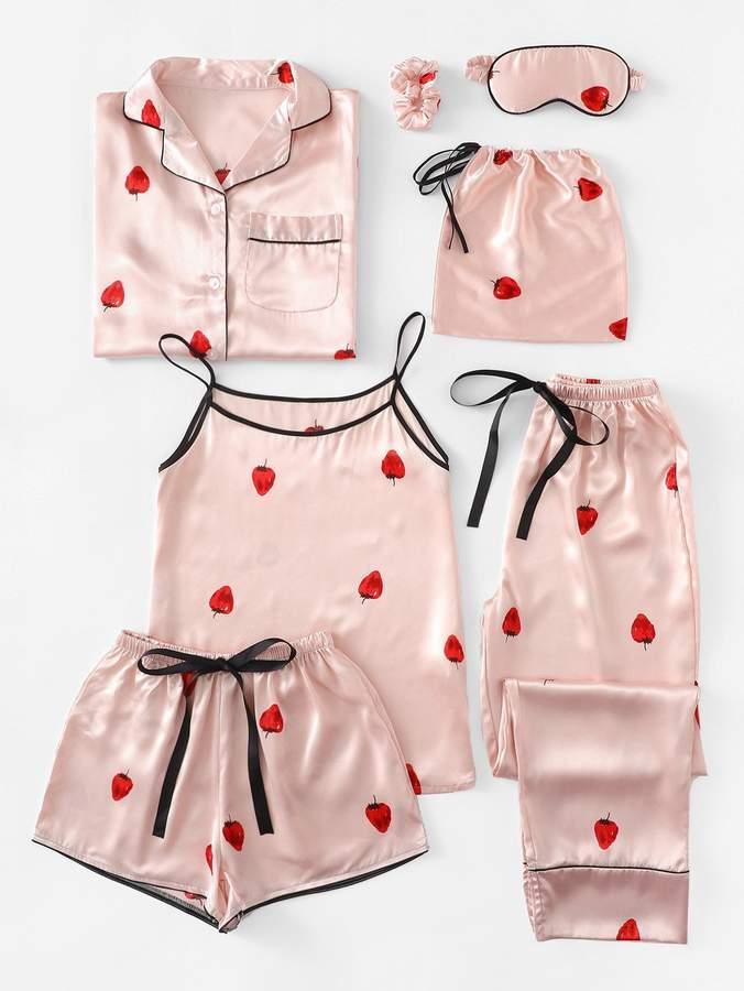 7pcs Strawberry Print Cami Pajama Set With Shirt