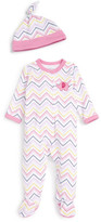 Offspring Chevron Print Footie & Hat Set (Baby Girls)