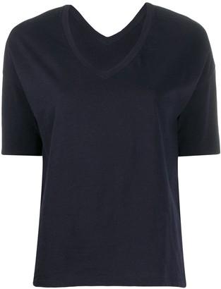 Closed V-neck T-shirt