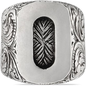"Gucci ""O"" letter ring in silver"