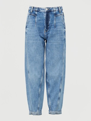 Very High Waist Pleat Top Slouch Jean - Mid Wash