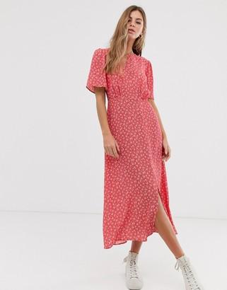 New Look split detail midi dress in red floral pattern-Multi