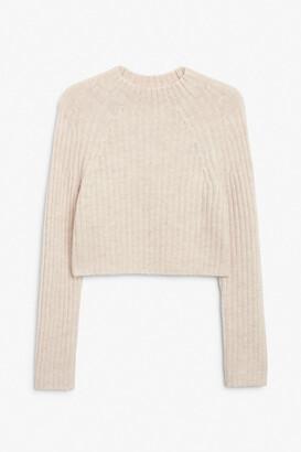 Monki Crop knit sweater