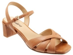 Trotters Majesty Strappy Sandal Women's Shoes