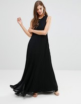 Lavand High Neck Maxi Dress In Black