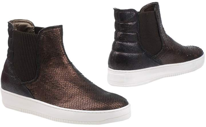 Andrea Morelli Ankle boots - Item 11301495IV
