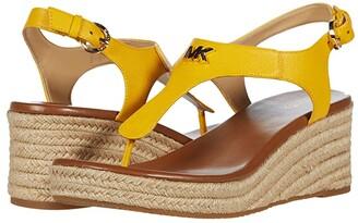 MICHAEL Michael Kors Laney Thong (Natural) Women's Shoes