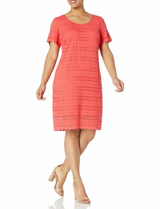 Ronni Nicole Women's Plus Size Short Sleeve Linear Lace Tee Body