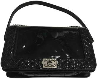 Chanel Boy Navy Patent leather Handbags