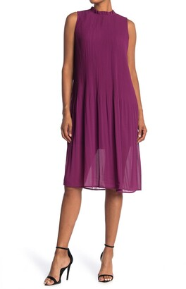 MelloDay Sleeveless Pleated Ruffle Neck Midi Dress