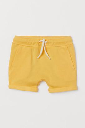 H&M Sweatshorts - Yellow