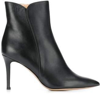 Fabio Rusconi heeled Nick boots