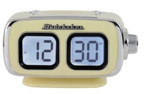 Studebaker SB3500CR Roommate Retro Digital Bluetooth Am/Fm Clock Radio