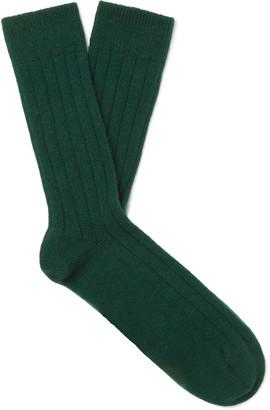 William Lockie Ribbed Cashmere-Blend Socks