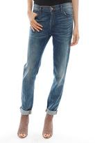 nicole kidman  Who made  Nicole Kidmans blue jeans and tan flat sandals?
