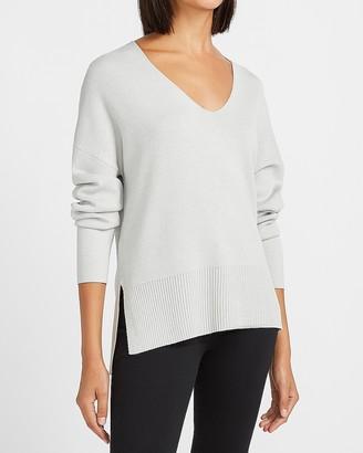 Express Lightweight Tunic V-Neck Sweater