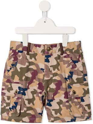 Velveteen Max camouflage cargo shorts