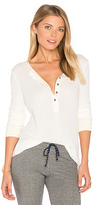 Project Social T Layer Me Thermal in White