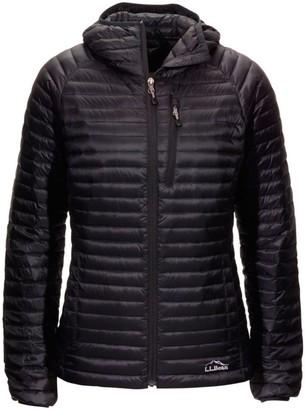 L.L. Bean L.L.Bean Womenas Ultralight 850 Down Sweater Hooded Jacket