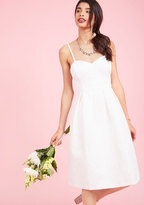 Aisle Style Midi Dress in Ivory in 0