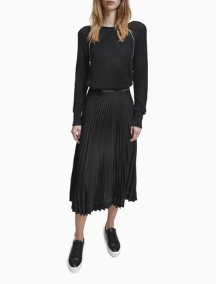 Calvin Klein Textured Knit V-Back Sweater