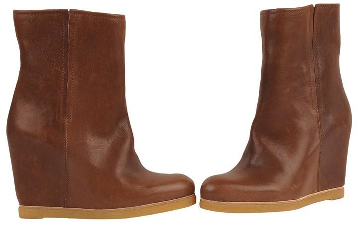 Stuart Weitzman Bootscout Boot