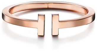 Tiffany & Co. & Co. T square bracelet in 18k rose gold, extra small
