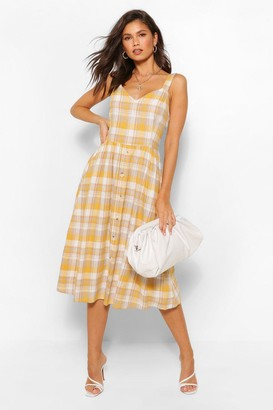 boohoo flannel Dress With Button Detail