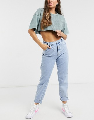 New Look balloon jeans in bleached light blue