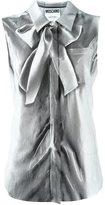 Moschino trompe-l'oeil sleeveless shirt - women - Silk - 40