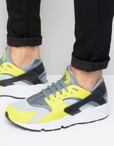 Nike Air Huarache Run Trainers In Yellow 318429-305