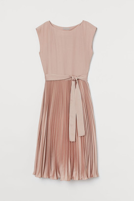 H&M Pleated Dress - Pink