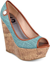 G by Guess Women's Shoes, Tinaa Platform Wedges