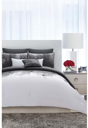 Vince Camuto Lyon Grey Comforter Set