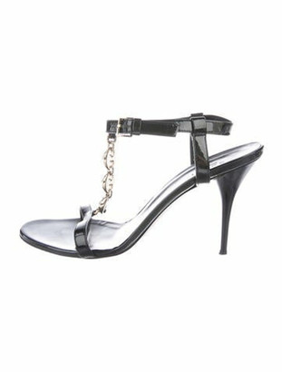 Gucci Patent Leather Chain-Link Accents T-Strap Sandals Black
