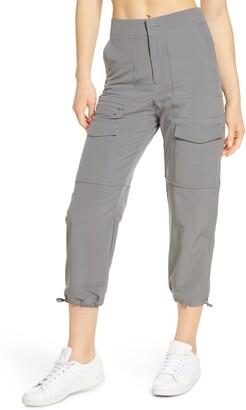 Zella Getaway Crop Cargo Pants