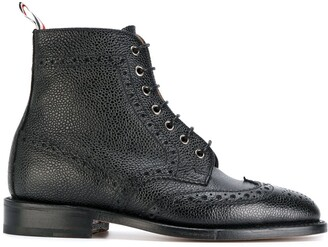 Thom Browne Wingtip Brogue Boot With Leather Sole In Black Pebble Grain