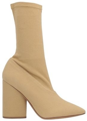 Four Seasons Ankle boots